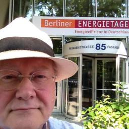 berlin-gay-dating-site-hot-bra-blow-job